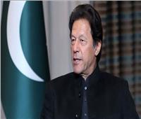 رئيس وزراء باكستان يدين الهجوم الإرهابي الذي استهدف بورصة كراتشي