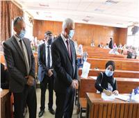 رئيس جامعة المنوفية يتفقد لجان امتحانات الفصل الدراسي الثاني..صور