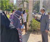 التزام طلاب الفرق النهائية بالإجراءات الإحترازية في أول أيام امتحانات جامعة المنيا