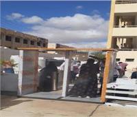 تركيب ٣٨ بوابة تعقيم أمام لجان الثانوية العامة والأزهرية بسيناء