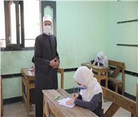 اليوم.. طلاب الثانوية الأزهرية «علمى» يؤدون امتحان الفيزياء