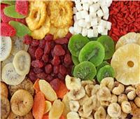 لمريض كورونا «المعزول» بالمنزل.. «الفواكه المجففة»خطر على صحتك