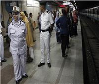 «الداخلية» تشن حملة لإزالة الاشغالات وضبط الباعة الجائلين بمحيط المترو