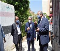 محافظ المنيا يتابع سير امتحانات الثانوية العامة بعدد من اللجان بمركز مطاي