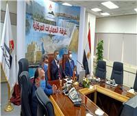 نائب محافظ المنيا يبحث الاستفادة من إمكانيات مركز المعلومات بمجلس الوزراء