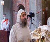 لأول مرة.. الأنبا يوانس يترأس قداس بكاتدرائية مارجرجس