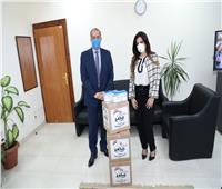 """التنمية المحلية تتلقى ٥ آلاف كمامة للوقاية من """"كورونا"""" من مؤسسة بنحبك يا مصر"""