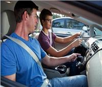للمبتدئين.. 12 نصيحة مهمة لقيادة السيارة بشكل آمن