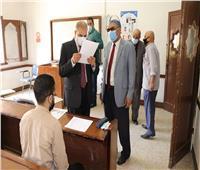 رئيس جامعة الأزهر يتفقد لجان الامتحانات ويشيد بالإجراءات الاحترازية