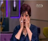 فيديو| رجاء الجداوي تبكي على الهواء بسبب تحية كاريوكا