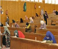 رئيس جامعة المنيا يواصل جولاته التفقدية بامتحانات الفرق النهائية