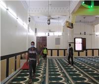 صور| تعقيم المساجد وتوزيع مساعدات غذائية بقرية الراشدة بالوادي الجديد