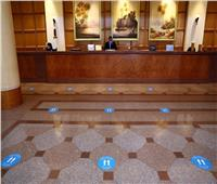 في 7 محافظات.. السياحة تسلم 22 فندقًا شهادة السلامة الصحية