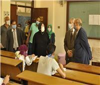 """جولة تفقدية لرئيس جامعة المنيا للجان امتحانات الإعلام التربوي بـ""""النوعية"""""""
