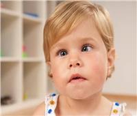«حول الأطفال».. ٣ أعراض تستدعي زيارة طبيب العيون فورا