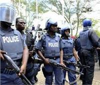 الشرطة المالية تطلق أعيرة نارية لطرد محتجين من مبنى التلفزيون الرسمي