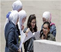 بشكلٍ كاملٍ.. البنات يسيطرن على ترتيب «أوائل الثانوية العامة أدبي» في فلسطين