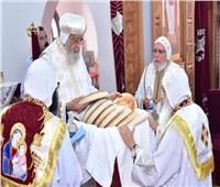 البابا تواضروس يصلي قداس عيد الرسل بدير الأنبا بيشوي