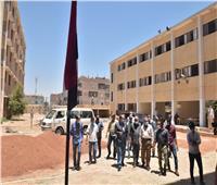 محافظ أسيوط يتفقد أعمال إنشاء بعض المدارس بقريتي «درنكه» و«الزاوية»