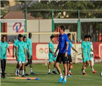 «فايلر» يخصص فقرة لتدريب اللاعبين على العرضيات.. وتقسيمة بمشاركة الحراس