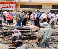 محافظ دمياط تتابع أعمال إصلاح كسر خط المياه بطريق مصطفى مشرفة