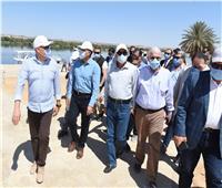 رئيس الوزراء يتفقد مشروع الشريط النهري السياحى بمدينة أسوان الجديدة