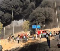 الدفع بـ4 خزانات جديدة لمحاولة السيطرة على حريق «طريق الإسماعيلية».. صور