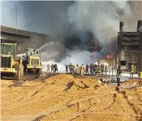وزير البترول ومحافظ القاهرة يشرفان على إطفاء انفجار خط بترول مسطرد