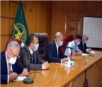 محافظ القليوبية يعقد اجتماعا لبحث آليات إنهاء طلبات التصالح في مخالفات البناء