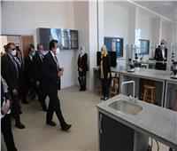 وزير التعليم العالي يتفقد المباني والتوسعات الجديدة بجامعة السويس