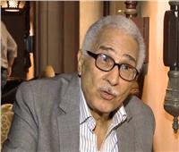 """أبو زهرة: أنا هزمت الكورونا بقراءة مجموعة نجيب محفوظ ولعب """"اليوجا"""""""