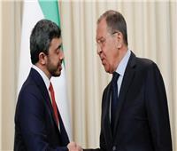 موسكو: لافروف وبن زايد بحثا الملف الليبي وشددا على ضرورة إنهاء القتال