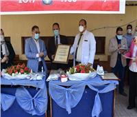 مستشفى صدر العباسية يحتفل بمرور 120 يوما من الكفاح في مواجهة كورونا
