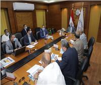 وزير النقل يبحث تنفيذ المرحلة الثالثة من المشروع القومي للطرق