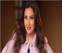 """فيديو.. لطيفة تشوق جمهورهابمقطعمن أغنيتها الجديدة """"رد الباب وغرب"""""""