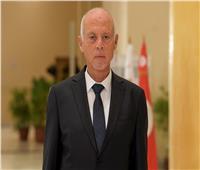 الرئيس التونسي: لن أقف مكتوف الأيدي أمام تهاوي مؤسسات الدولة