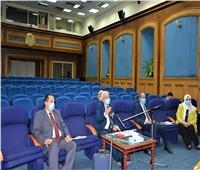 التعليم تعقد اجتماعًا لمناقشة إجراءات تصحيح العينة العشوائية لامتحان علم النفس
