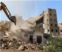 لليوم الثاني.. استمرار أعمال إزالة منطقة الطيبي بالسيدة زينب