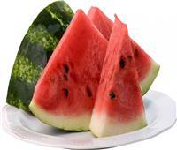 رغم فوائده العديدة.. هؤلاء الأشخاص ممنوعون من تناول البطيخ