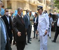 محافظ القاهرة يتفقد العقار المائل بالزمالك