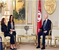 الرئيس التونسي يستقبل وزيرة الداخلية الإيطالية