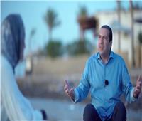 فيديو| عمرو خالد: الإحسان علامة تميز حجك.. الحج يخرج أفضل ما عندك