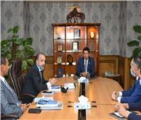 وزير الرياضة يبحث استعدادات استضافة مصر لبطولة العالم للناشئين في السلاح ٢٠٢١