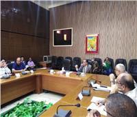 محافظ شمال سيناء يوجه باستمرار عمل أجهزة المرافق والخدمات طوال أيام العيد