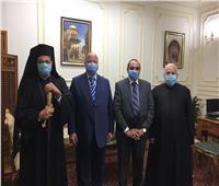 النائب البطريركي يزور محافظ القاهرة للتهنئة بالعيد