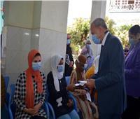 صور| محافظ القليوبية ووكيل التضامن يشاركان الأيتام فرحة عيد الأضحى