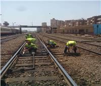"""""""السكة الحديد"""" تجري صيانة لتحاويل الإشارات أول أيام عيد الأضحى"""