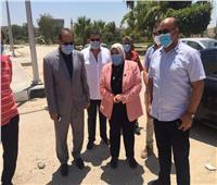 رئيس جامعة قناة السويس يقدم التهنئة للطاقم الطبي والمرضي في بمستشفى العزل