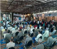 صور| وسط إشادات بدعم الرئيس لسكان «الزرايب».. استقبال حافل لمرشحي «مستقبل وطن» بـ15 مايو