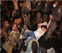 الشرطة الإسرائيلية تفرق مظاهرة ضخمة ضد نتنياهو.. وتعتقل 12 شخصًا